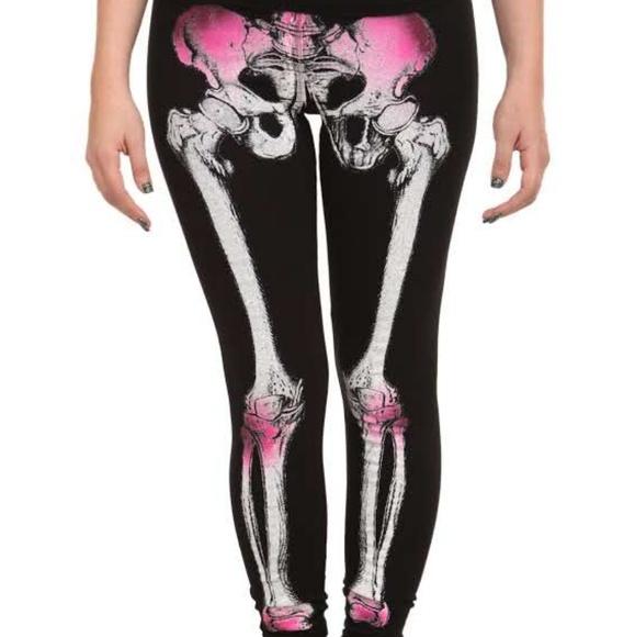 ff6bc79cdad80 Skeleton leggings. M_5c2987f6951996470bb7d401